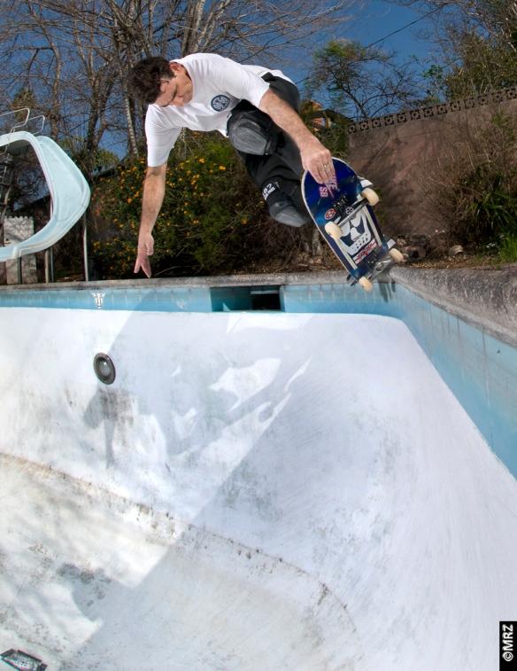 Lance- corner tap