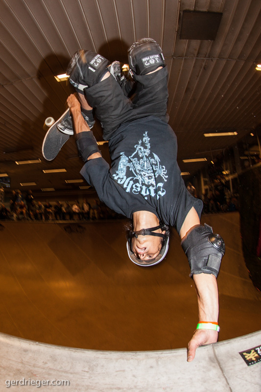 HENRY GUITIERREZ – tuck knee invert, some nice airs, boneless ones and a 540 were on the list of Henrys tricks