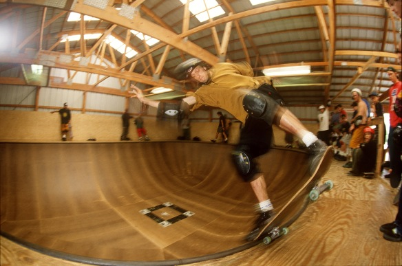 tony_hawk_noseblunt_slide_woodward_camp_080692_(kanights)